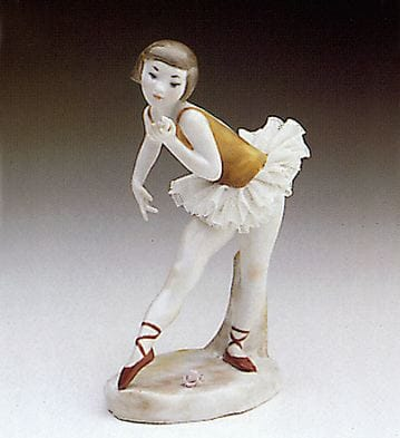 Ballerina with Rose Lladró