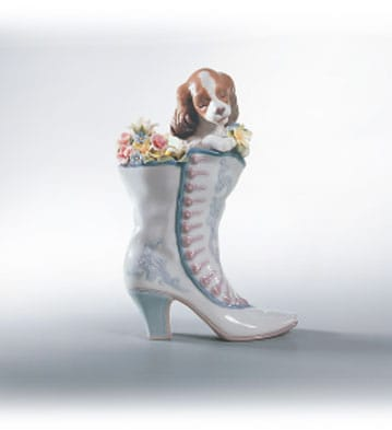 A Well Heeled Puppy Lladró