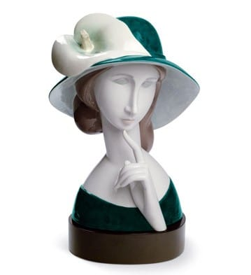 A WOMAN WITH HAT AND CALLA LILLY