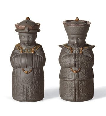 Salt & Pepper Shakers (Black) Lladró