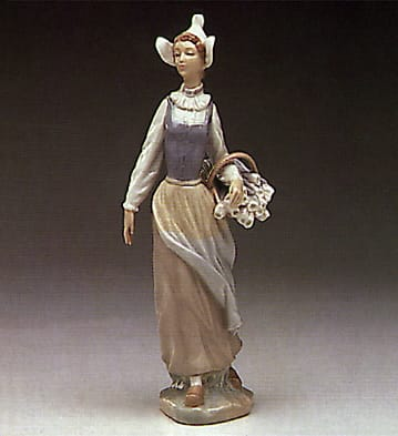 girl from scotland lladro 01001315 the world lladro