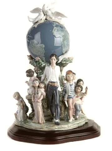 OFFICIAL LLADRO REFERENCE GUIDE Collectible Figurine